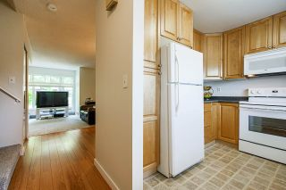 "Photo 11: 3340 VINCENT Street in Port Coquitlam: Glenwood PQ Townhouse for sale in ""Burkview"" : MLS®# R2488086"