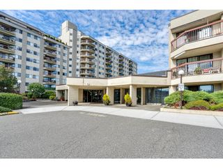 """Photo 2: 116 31955 OLD YALE Road in Abbotsford: Abbotsford West Condo for sale in """"Evergreen Village"""" : MLS®# R2620283"""