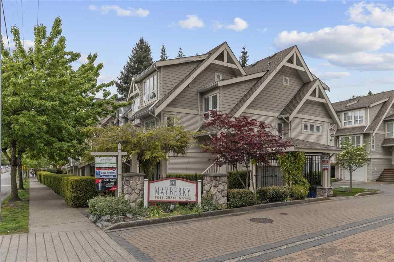 Main Photo: 27 8844 208 Street in Langley: Walnut Grove Townhouse for sale : MLS®# R2587137