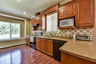 Photo 7: 6469 141A Street in Surrey: East Newton House for sale : MLS®# R2051931