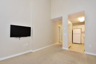 """Photo 5: 810 2799 YEW Street in Vancouver: Kitsilano Condo for sale in """"TAPESTRY AT ARBUTUS WALK"""" (Vancouver West)  : MLS®# R2619783"""
