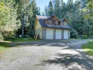 "Photo 22: 3223 - 3227 CRYSTAL Road: Roberts Creek House for sale in ""UPPER ROBERTS CREEK"" (Sunshine Coast)  : MLS®# R2502377"