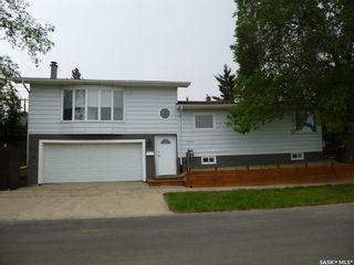 Photo 1: 2501 Edward Street in Regina: River Heights RG Residential for sale : MLS®# SK868012