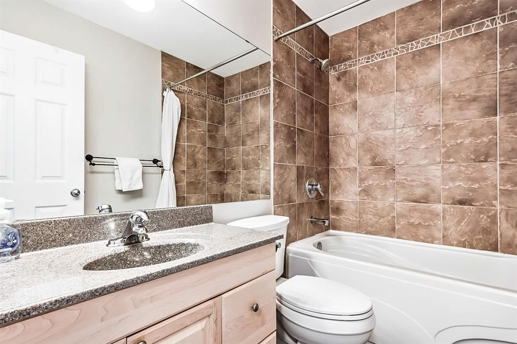 Photo 26: Photos: 2621C 1 Avenue NW in Calgary: West Hillhurst Row/Townhouse for sale : MLS®# A1111551