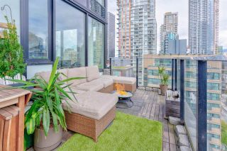 """Photo 1: 1302 1325 ROLSTON Street in Vancouver: Yaletown Condo for sale in """"The Rolston"""" (Vancouver West)  : MLS®# R2574572"""