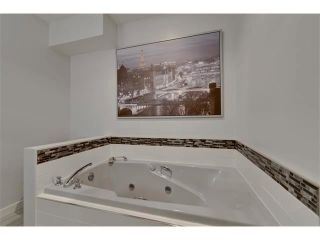 Photo 17: 131 LAKE CRIMSON Close SE in Calgary: Lake Bonavista House for sale : MLS®# C4064324