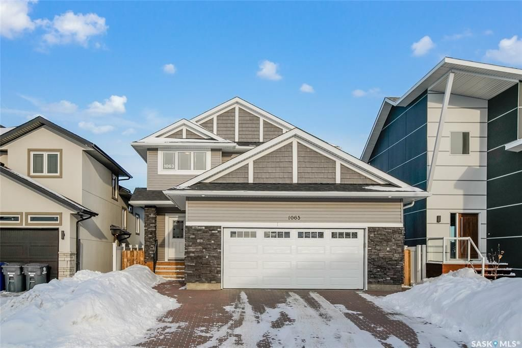 Main Photo: 1063 Glacial Shores Common in Saskatoon: Evergreen Residential for sale : MLS®# SK839886
