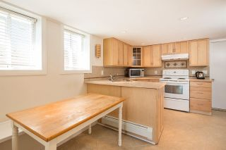 Photo 16: 663 E 5TH Street in North Vancouver: Queensbury House for sale : MLS®# R2072236