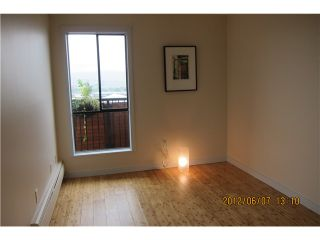 """Photo 7: 306 2142 CAROLINA Street in Vancouver: Mount Pleasant VE Condo for sale in """"WOOD DALE - MT PLEASANT"""" (Vancouver East)  : MLS®# V972400"""