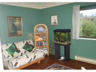 Photo 7: 159 West 19th Street in North Vancouver: Central Lonsdale Condo for sale : MLS®# V852342
