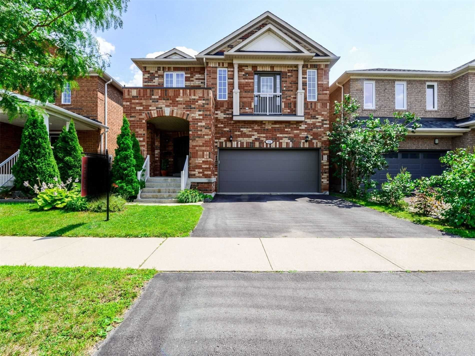 Main Photo: 196 Featherstone Road in Milton: Dempsey House (2-Storey) for sale : MLS®# W5321164