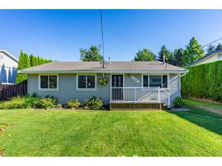 Photo 1: 27347 29A Avenue in Langley: Aldergrove Langley House for sale : MLS®# R2481968