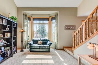 Photo 6: 220 Edelweiss Place NW in Calgary: Edgemont Detached for sale : MLS®# A1090654