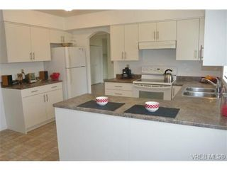 Photo 4: 10296 Gabriola Pl in SIDNEY: Si Sidney North-East House for sale (Sidney)  : MLS®# 691698