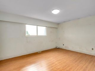 """Photo 10: 2928 E 6TH Avenue in Vancouver: Renfrew VE House for sale in """"RENFREW"""" (Vancouver East)  : MLS®# R2620288"""