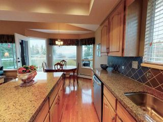 """Photo 7: 13381 MARINE Drive in Surrey: Crescent Bch Ocean Pk. House for sale in """"Ocean Park"""" (South Surrey White Rock)  : MLS®# R2546593"""