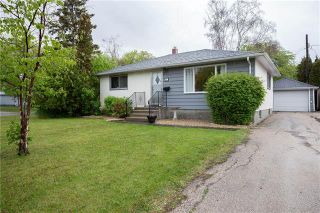 Photo 1: 1 Frontenac Bay in Winnipeg: Windsor Park Residential for sale (2G)  : MLS®# 1912334