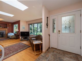 Photo 5: 5400 DERBY Road in Sechelt: Sechelt District House for sale (Sunshine Coast)  : MLS®# R2454409