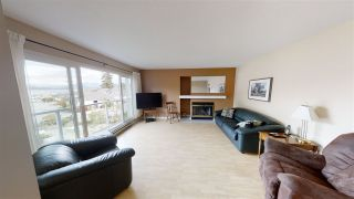 """Photo 2: 38 696 TRUEMAN Road in Gibsons: Gibsons & Area Condo for sale in """"Marina Place"""" (Sunshine Coast)  : MLS®# R2507629"""