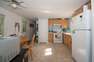 """Photo 5: 64 4430 W 16 Highway in Smithers: Smithers - Town Manufactured Home for sale in """"HUDSON BAY MOBILE HOME PARK"""" (Smithers And Area (Zone 54))  : MLS®# R2475652"""