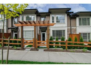 """Photo 3: 7 23986 104 Avenue in Maple Ridge: Albion Townhouse for sale in """"SPENCER BROOK"""" : MLS®# V1066703"""