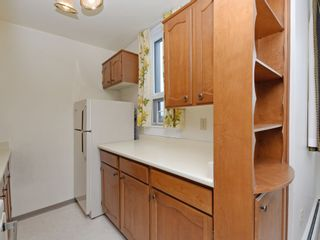 """Photo 12: 904 2165 W 40TH Avenue in Vancouver: Kerrisdale Condo for sale in """"The Veronica"""" (Vancouver West)  : MLS®# R2172373"""