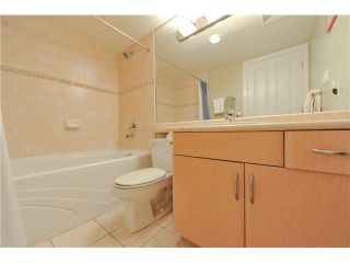 """Photo 11: 1502 6659 SOUTHOAKS Crescent in Burnaby: Highgate Condo for sale in """"GEMINI II"""" (Burnaby South)  : MLS®# V1099936"""