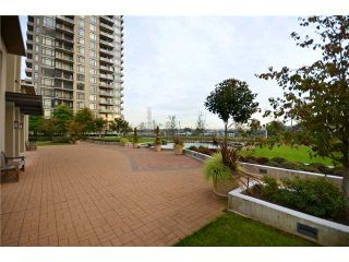"""Photo 9: 602 2345 MADISON Avenue in Burnaby: Brentwood Park Condo for sale in """"OMA"""" (Burnaby North)  : MLS®# V916643"""