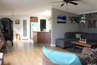 Photo 3: 74 Foord Crescent in Macoun: Residential for sale : MLS®# SK821277