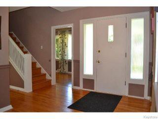 Photo 2: 50 Hind Avenue in WINNIPEG: St James Residential for sale (West Winnipeg)  : MLS®# 1519306