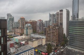 "Photo 14: PH6 933 SEYMOUR Street in Vancouver: Downtown VW Condo for sale in ""The Spot"" (Vancouver West)  : MLS®# R2309443"