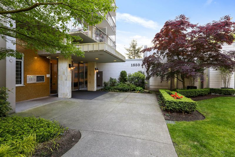 FEATURED LISTING: 2206 - 1850 COMOX Street Vancouver