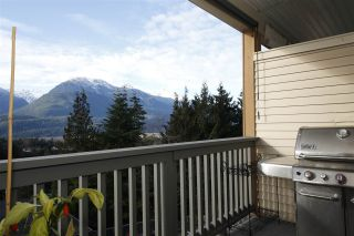 "Photo 5: 11 1026 GLACIER VIEW Drive in Squamish: Garibaldi Highlands Townhouse for sale in ""Seasons View"" : MLS®# R2326220"
