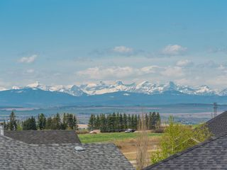 Photo 21: 106 Rockbluff Close NW in Calgary: Rocky Ridge Detached for sale : MLS®# A1111003