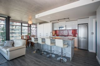 """Photo 10: 2503 128 W CORDOVA Street in Vancouver: Downtown VW Condo for sale in """"WOODWARDS W43"""" (Vancouver West)  : MLS®# R2506650"""