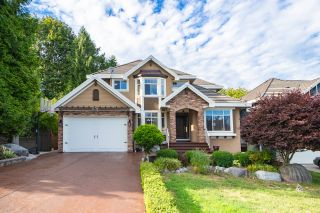 Photo 1: 16235 W 94 Avenue in surrey: Fleetwood Tynehead House for sale (North Surrey)
