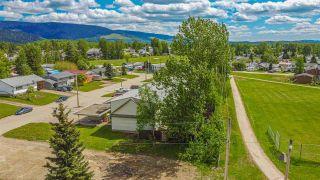Photo 8: 1, 3, 9, 11 KERRY Crescent in Mackenzie: Mackenzie -Town Multi-Family Commercial for sale (Mackenzie (Zone 69))  : MLS®# C8038863