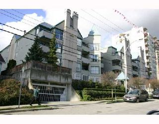 """Photo 1: 409 509 CARNARVON Street in New_Westminster: Downtown NW Condo for sale in """"Hillside Place"""" (New Westminster)  : MLS®# V676253"""