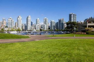 """Photo 20: 1859 SPYGLASS Place in Vancouver: False Creek Condo for sale in """"San Remo"""" (Vancouver West)  : MLS®# R2604077"""