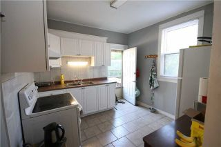 Photo 2: 118 Tylor Crest in Oshawa: Central House (2 1/2 Storey) for sale : MLS®# E3242326