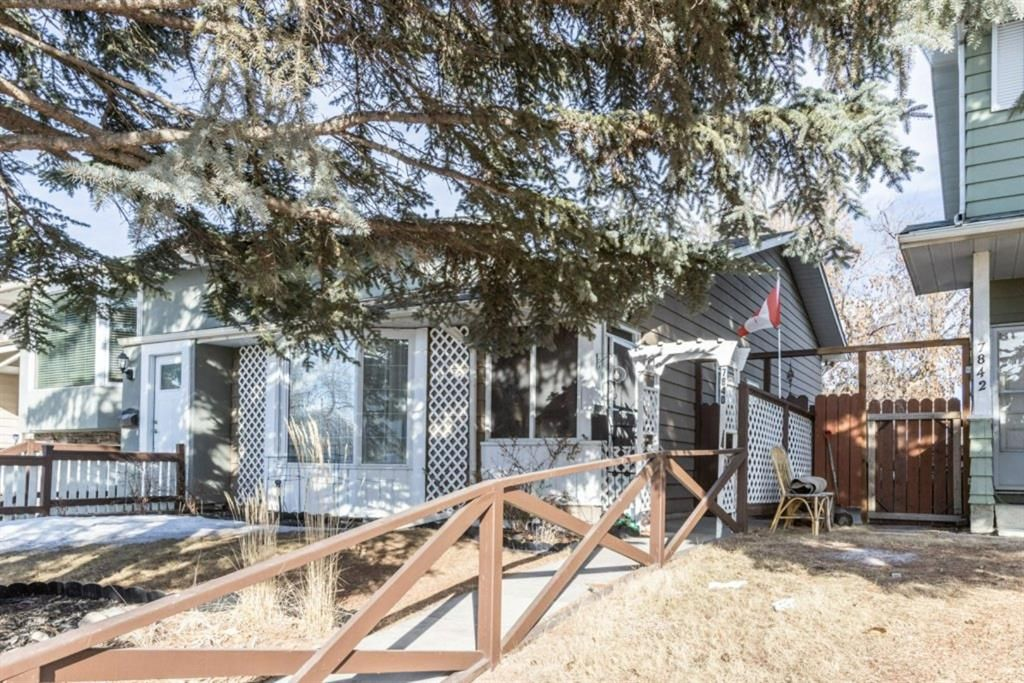 Main Photo: 7840 20A Street SE in Calgary: Ogden Semi Detached for sale : MLS®# A1070797