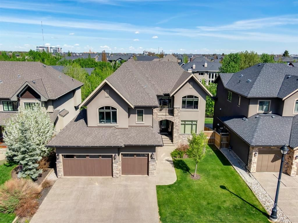 Main Photo: 34 Wexford Way SW in Calgary: West Springs Detached for sale : MLS®# A1113397