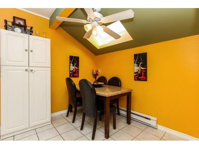 """Photo 11: Photos: 29 5666 208TH Street in Langley: Langley City Townhouse for sale in """"THE MEADOWS"""" : MLS®# F1437593"""