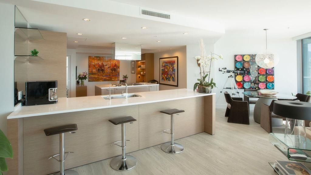 """Main Photo: 3101 1111 ALBERNI Street in Vancouver: West End VW Condo for sale in """"Shangri-La"""" (Vancouver West)  : MLS®# R2618015"""