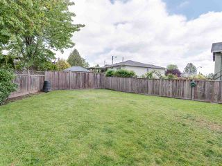 """Photo 20: 2341 WAKEFIELD Drive in Langley: Willoughby Heights House for sale in """"Willoughby Heights"""" : MLS®# R2371963"""