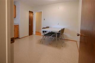 Photo 9: 172 Rouge Road in Winnipeg: Westwood Residential for sale (5G)  : MLS®# 202107008