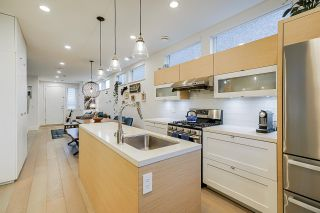 Photo 7: 4262 INVERNESS STREET in Vancouver: Knight 1/2 Duplex for sale (Vancouver East)  : MLS®# R2452908