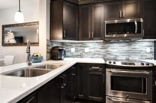 """Photo 3: 112 19525 73 Avenue in Surrey: Clayton Townhouse for sale in """"UPTOWN 2"""" (Cloverdale)  : MLS®# R2328349"""