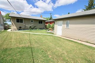 Photo 4: 233 Gateway Road in Winnipeg: East Kildonan Residential for sale (3B)  : MLS®# 1919409