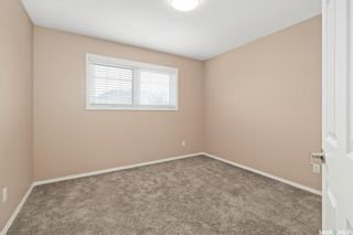 Photo 18: 9 215 Pinehouse Drive in Saskatoon: Lawson Heights Residential for sale : MLS®# SK864976